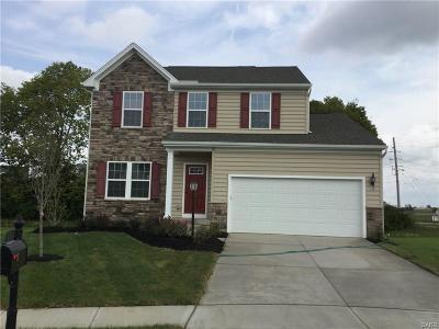 Beavercreek Single Family Home For Sale: 2915 Ridgeview Court
