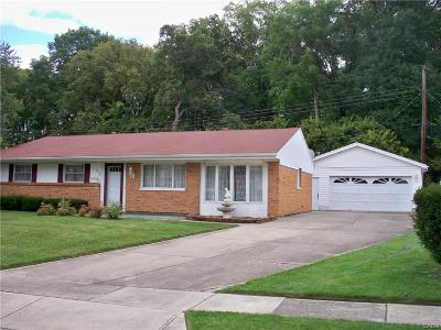 Fairborn Single Family Home For Sale: 1550 Ironwood Drive