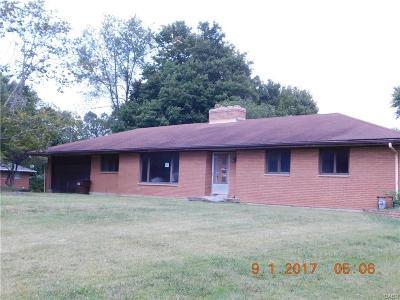 Beavercreek OH Single Family Home For Sale: $149,900