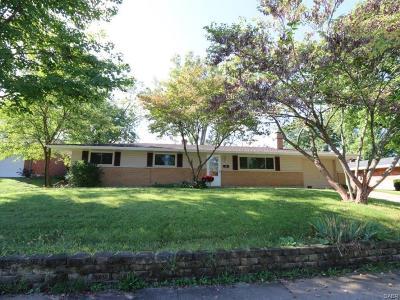 Fairborn Single Family Home For Sale: 1038 Saratoga Drive