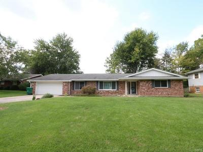 Beavercreek Single Family Home Active/Pending: 2307 Jacavanda Drive
