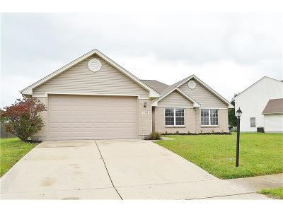 Miamisburg Single Family Home Active/Pending: 2399 Ferndown Drive