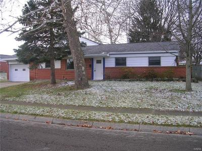 Fairborn Single Family Home For Sale: 1609 Ironwood Drive