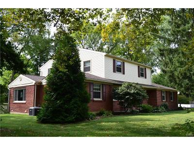 Dayton Single Family Home Active/Pending: 430 Walsingham Court