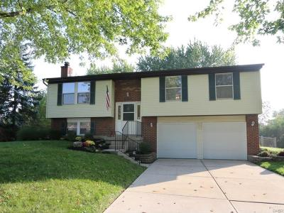 Miamisburg Single Family Home Active/Pending: 2341 Arrow Ridge Court