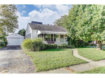 Fairborn Single Family Home For Sale: 548 Wayne Drive
