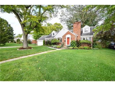 Kettering Single Family Home For Sale: 3216 Atherton Road