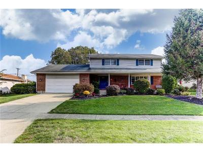 Troy Single Family Home For Sale: 125 Finsbury Lane