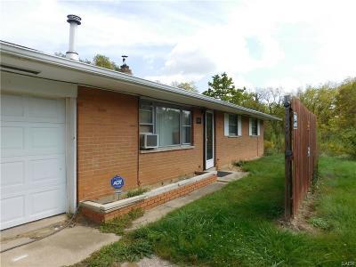 Dayton Single Family Home For Sale: 5511 Wolf Creek Pike