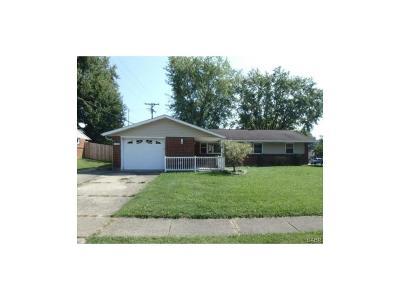 Dayton Single Family Home For Sale: 6200 Cruxten Drive
