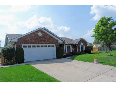 Dayton Single Family Home For Sale: 8900 Cadiz Court