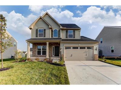 Fairborn Single Family Home For Sale: 58 Cascade Drive