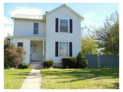 Fairborn Single Family Home For Sale: 56 Grand Avenue