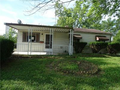 Dayton Single Family Home Active/Pending: 4830 Vanguard Avenue