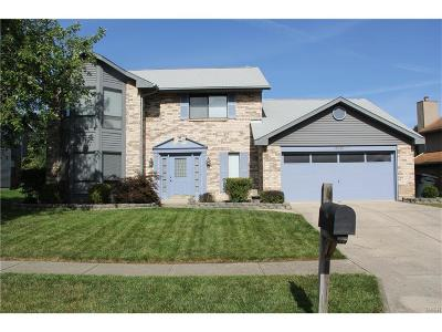 Dayton Single Family Home For Sale: 6910 Deer Bluff Drive