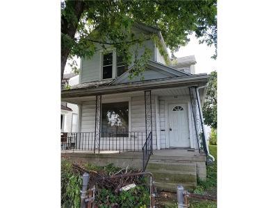 Dayton Single Family Home For Sale: 906 Huffman Avenue