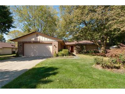 Beavercreek Single Family Home Active/Pending: 83 Beacon Hill Drive