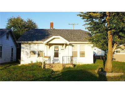 Xenia Single Family Home For Sale: 353 Walnut Street