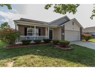 Fairborn Single Family Home Active/Pending: 492 Kreider Drive