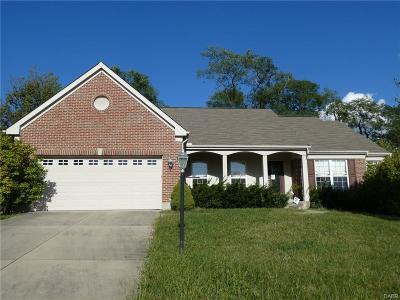 Miamisburg Single Family Home For Sale: 1359 Granite Peak Way