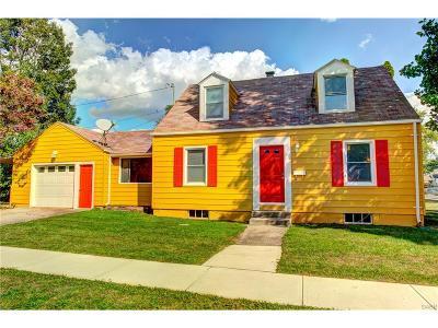 Fairborn Single Family Home For Sale: 320 Wright Avenue