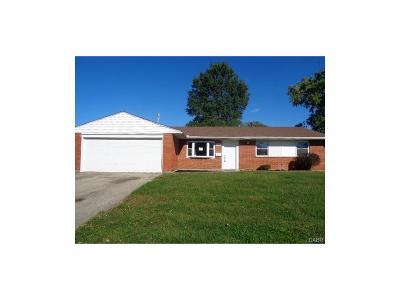Xenia Single Family Home For Sale: 247 Oregon Drive
