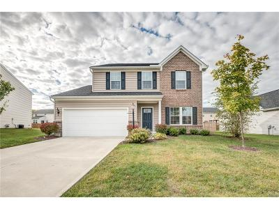 Fairborn Single Family Home For Sale: 1306 Crystal Harbour Drive