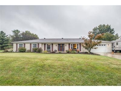 Fairborn Single Family Home For Sale: 651 Augusta Drive