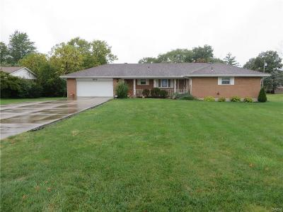 Miamisburg Single Family Home For Sale: 1209 Heincke Road