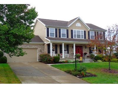 Beavercreek Single Family Home Active/Pending: 2552 Williamsburg Court