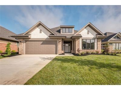 Beavercreek Single Family Home For Sale: 1424 Abbey Park Place