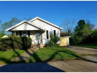 Kettering Single Family Home Active/Pending: 2629 South Boulevard