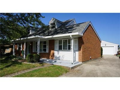 Xenia Single Family Home For Sale: 1650 Pueblo Drive