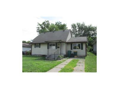 Fairborn Single Family Home For Sale: 1112 Columbia Avenue