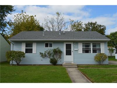 Fairborn Single Family Home For Sale: 63 Diana Lane