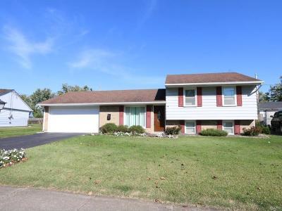 Xenia Single Family Home For Sale: 1767 Roxbury Drive