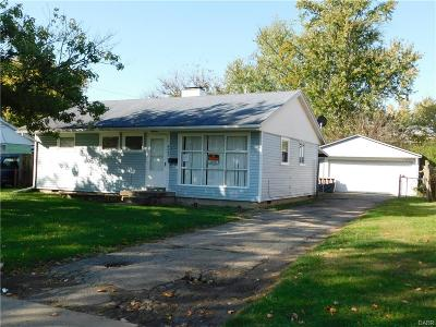 Trotwood Single Family Home For Sale: 4243 Thompson Drive