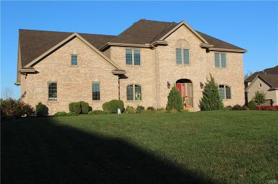 Dayton Single Family Home For Sale: 10825 Waterbury Ridge Lane