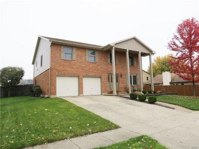Huber Heights Single Family Home Active/Pending: 8953 Cadet Circle