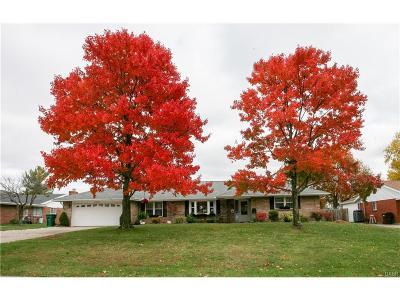 Beavercreek Single Family Home Active/Pending: 2528 Brown Bark Drive