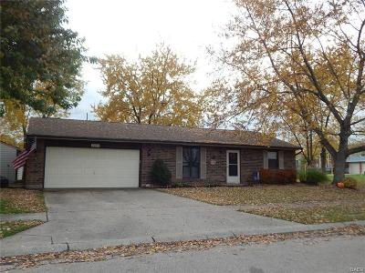 Miamisburg Single Family Home Active/Pending: 2476 Bradshire Road