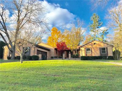 Dayton Single Family Home For Sale: 239 Trailwoods Drive
