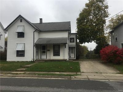Trotwood Single Family Home For Sale: 26 Pleasant Avenue