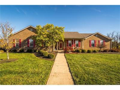 Dayton Single Family Home Active/Pending: 6759 Tavenshire Drive
