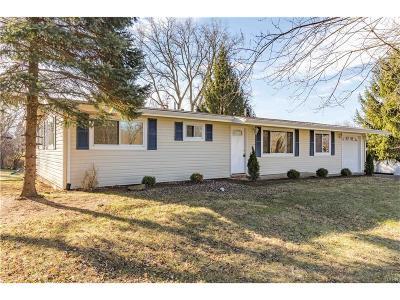 Beavercreek OH Single Family Home For Sale: $139,900