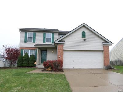 Fairborn Single Family Home Active/Pending: 2384 Spyglass Court