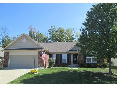 Miamisburg Single Family Home For Sale: 10756 Nestling Drive