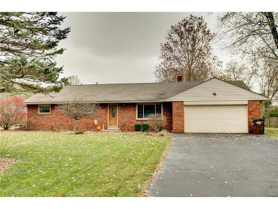 Beavercreek Single Family Home Active/Pending: 1438 Betty Drive