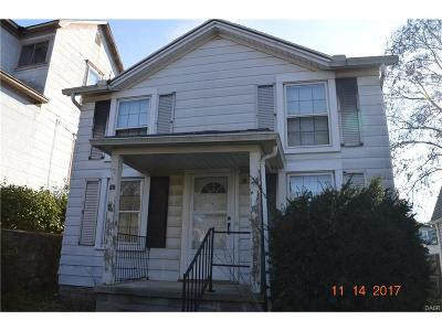 Single Family Home For Sale: 26 Pleasant Ave