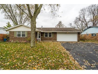 Huber Heights Single Family Home Active/Pending: 5950 Clearlake Drive